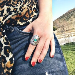 Jewelry - Silver & Turquoise Boho Stretch Ring